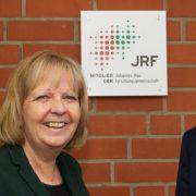 Hannelore Kraft mit den IWW-Geschäftsführern Lothar Schüller und Wolf Merkel am IWW-Standort Mülheim-Styrum Bildnachweis: M. Reifenrath / IWW Zentrum Wasser